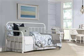 Kirkland Complete Twin Size Daybed, Soft White Finish